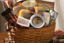 Gourmet Cheese Gifts / by Porsche Saurel