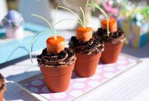 Cupcake ideas / by Randi Deason