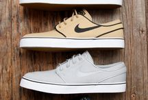 mens nike shoes
