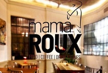Mama Roux / A spot whose card writes food / coffee / drink / tunes boggles you at first sight. Full of options, you are not used to. Options do not stop at coffee or drink, since in Mama Roux they focus on food from all over the world. All-in-one spot: Mama Roux.