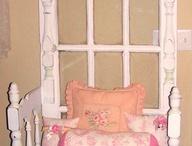 Vanhat taulut, ovet, tuolit
