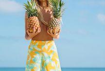 Summer Vibes Editorial Moodboard / Beach | Bikinis | Fun | Glam | Playful
