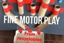 gioco motorio con rotoli cartone