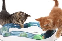 TOYS CATS LOVE