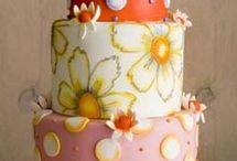 Pretty cakes / by Sarah Bursey Infante