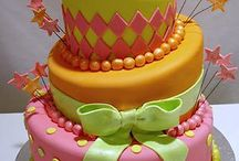 Cake Creations / I love to decorate cakes but I don't like them to be too fiddly.