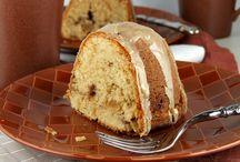 Cake & Frosting / by Pamela Weaver