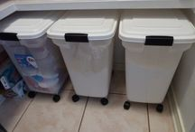 Bulk Food Storage for Large Families / by Lisa Metzger