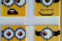 z - pixel art - Minions