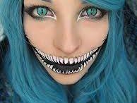 Makeup / by Eleni Patricia
