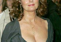 """Susan Sarandon """" actrice américaine """" / Actrice et productrice américaine née en 1946 à New York a tournée dans des fils célèbres """" Atlantique City, Thelma et Louise, Le client."""
