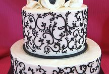 Scrollwork designs on cakes, cupcakes, and desserts! / Elegant scrollwork designs on cakes, cupcakes, and desserts!