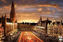 Belgium / Belgium, a country in Western Europe, is known for its medieval old towns, Flemish Renaissance architecture and international headquarters of the European Union and NATO. The country is divided into 2 distinctive multilingual regions: Dutch-speaking Flanders to the north and French-speaking Wallonia to the south.