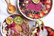 Smoothie bowls / Who doesn't love smoothies or smoothie bowls? On this board I will share the prettiest bowls I come across, all with a recipe included of course!