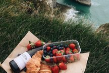 Picnic ✨ / Cute photos of picnics and yummy food to take on them!