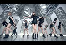 Korean Pop - Girls´ Generation / Girls' Generation is a nine-member South Korean pop girl group formed by S.M. Entertainment in 2007. They are known in Japan as Shoujo Jidai and are referred to as SoShi or SNSD by their fans, both abbreviated forms of the group's Korean name. The group consists of Taeyeon, Jessica Jung, Sunny, Tiffany, Hyoyeon, Yuri, Sooyoung, Yoona and Seohyun. In less than five years of their debut, the group amassed sales of over 30 million digital singles and 4.4 million physical albums.
