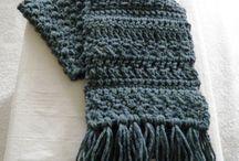 knit knit knit / by Mónica Palfy