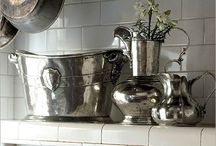 Pewter: From Italy to your Home / Fine Italian pewter from Arte Italica, that represents handcrafted excellence and refined beauty of Italian artistry.