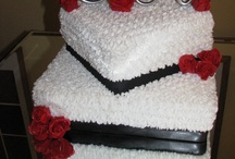 Luly's Cakes by Design  Let your imagination flow with a sweet design, complementing that special moment of your life. / Delicious, Moist, Cool, Unique and Yummy cakes baked and decorated by me. To order or any question you can email me @ lviera0612@gmail.com