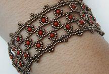 Bracelets & bileklikler