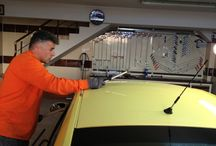 Boyasız Göçük Onarımı / Araç kaporta göçüklerinin aracın orjinalliğini bozmadan ve herhangi bir boyama işlemi yapılmaksızın özel el aletleriyle düzeltilerek eski haline getirilme işlemidir.
