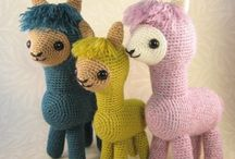 Crochet Stuffed Animals Patterns / Crochet stuffed animals are the cutest toys! Find our selection of adorable patterns right here!