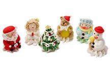 Decoratiuni de Craciun comestibile / figurine si decoruri din zahar pentru tort