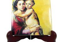 Catholic Christmas Gift Ideas - Catholic Art on Etsy Team / Catholic gift ideas from the best web sellers. Find here your religious gift!