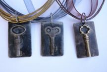 náměty - mixed media a vintage bižuterie a šperky