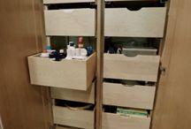Kitchen and Bathroom Remodel | Ronda Vista Remodel by Showcase Kitchens & Baths / Beautiful kitchen and bathroom remodel by Showcase Kitchens & Baths with plenty of storage and custom pantry organization!