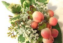 Coral/salmon wedding flowers