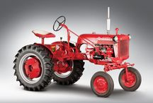 Tractors / by Johnny Hood