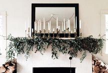 Christmas mantelpiece decorations