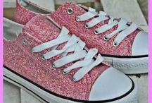 Τα συναρπαστικά μας αθλητικά παπούτσια / Πανέμορφες χειροποίητες δημιουργίες από εξαιρετικά υλικά. Χειροποίητα sneakers σε stan smith, all star τύπο και ότι άλλο μπορείτε να φανταστείτε.