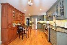Inspiration Kitchens / Looking for some ideas for your new kitchen?  Check out some of these kitchens!