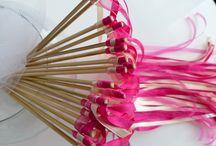 Baguettes de rubans mariage sur les tons rosés / Une haie d'honneur de baguettes de rubans pour une animation de mariage inoubliable et unique. achat et vente de baguettes de rubans mariage