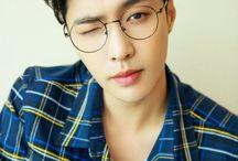 Lay/ Zhang Yixing/ EXO