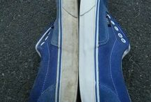 Cleaning shoes with toothpaste