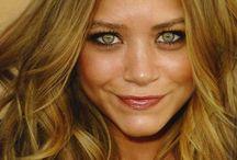 blond hair for green eyes