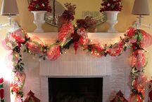 Opulent Cottage Christmas Displays