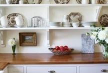 Kitchen / by Elizabeth Hanson