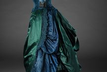 Women's Dresses 18th - 19th Century