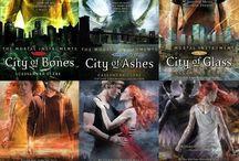 Books & Movies <3 / lost in my fantasy world... / by Jami Kilpatrick