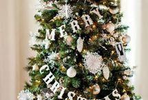 Indoor Christmas Tree Decoration Ideas / Christmas Tree Decoration Ideas | Xmas Tree Decorations | Tree Decor | elegant christmas tree decorating ideas | Indoor christmas tree theme ideas 2017