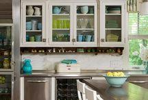 kitchen design ideas / by Mariana Valeriano