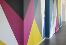 wall color geometric panting