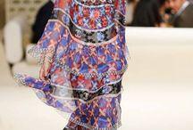 Fashion / Chanel's Dress