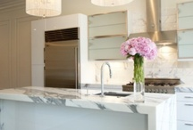 Kitchens / by Meredith Marlow Interiors