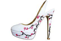 Shoes / by Sharon Via Hoebing