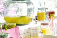 ...die Sonne kann kommen! / Mit der Sonne kommen auch die Farben. Praktische und dekorative Wohnaccessoires für den Frühling und Sommer!  Dekorationen | Glas und Porzellan | Haushaltswaren | Geschenkartikel | Heimtextilien